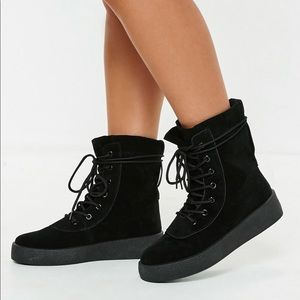 Missguided lace up boots size 8
